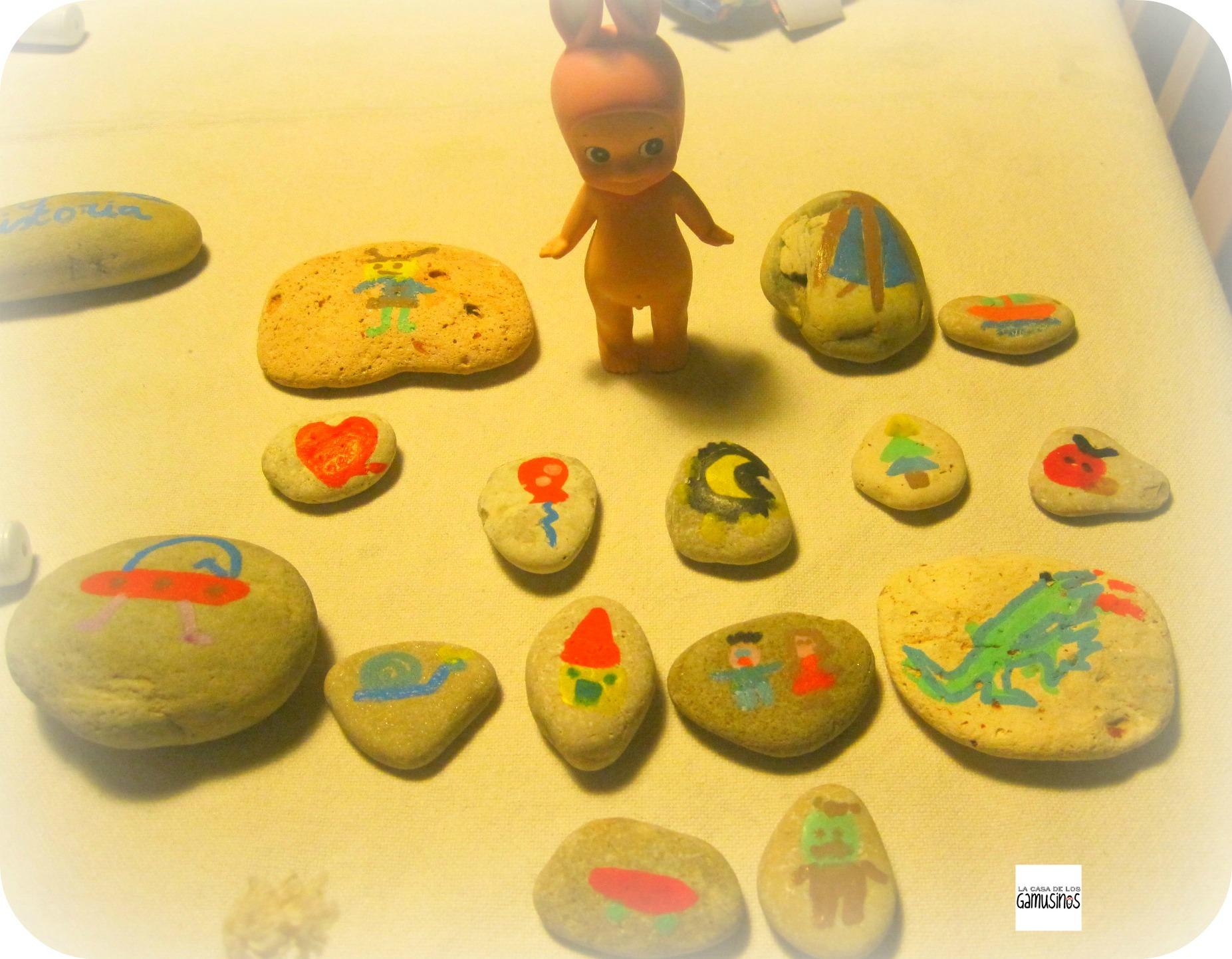 Juego de piedras la casa de los gamusinos - Dibujos de piedras ...